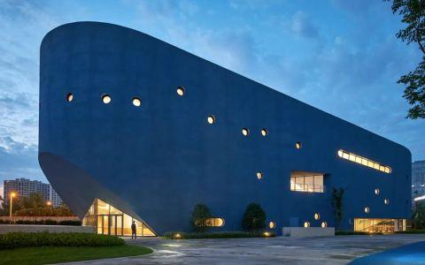 上海青浦平和双语学校  平和图书剧场 建筑letou国际米兰下载 / OPEN建筑事务所