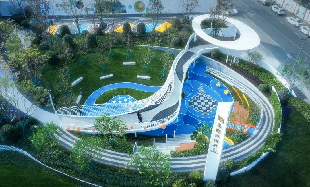 成都隆基泰和·紫樾锦西府 建筑设计 /  成执设计