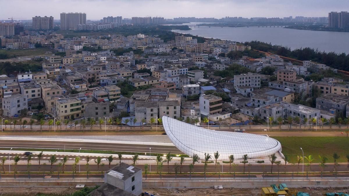 海口文明东隧道光过渡设计 建筑设计 /  槃达中国