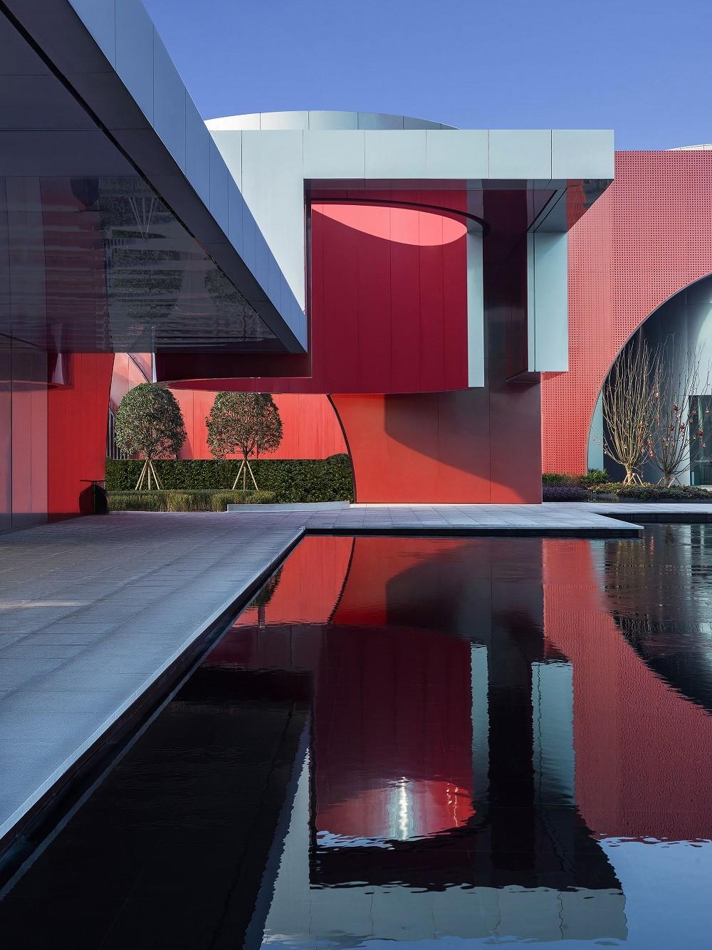 成都环球融创未来城·展示中心 建筑设计 / 上海璞间 PUSPACE