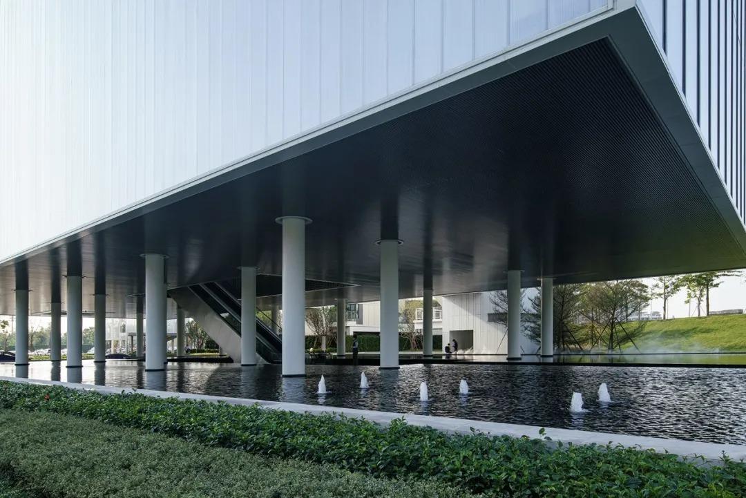 佛山万科天空之城示范区 建筑设计 / VVS岭界建筑