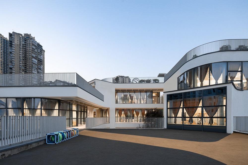 重庆弹子石幼儿园 建筑设计 / NAN Architects