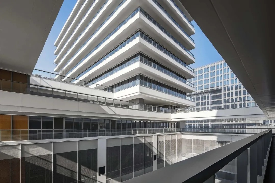 均勝集團上海總部  建筑設計 / DC國際