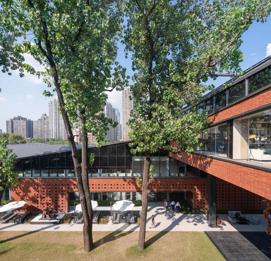 汉阳铁厂改造先导区-融创1890 建筑设计 /  日清设计