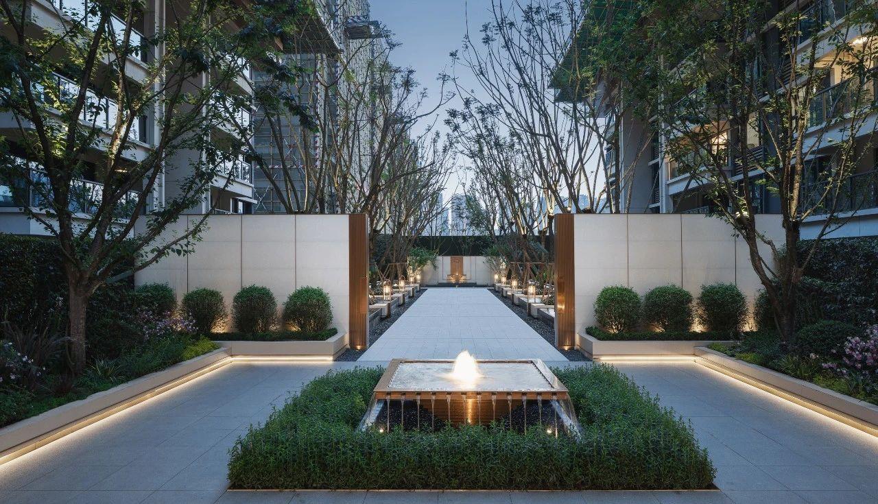 成都龙湖·龙悦台 景观设计  / 道远设计