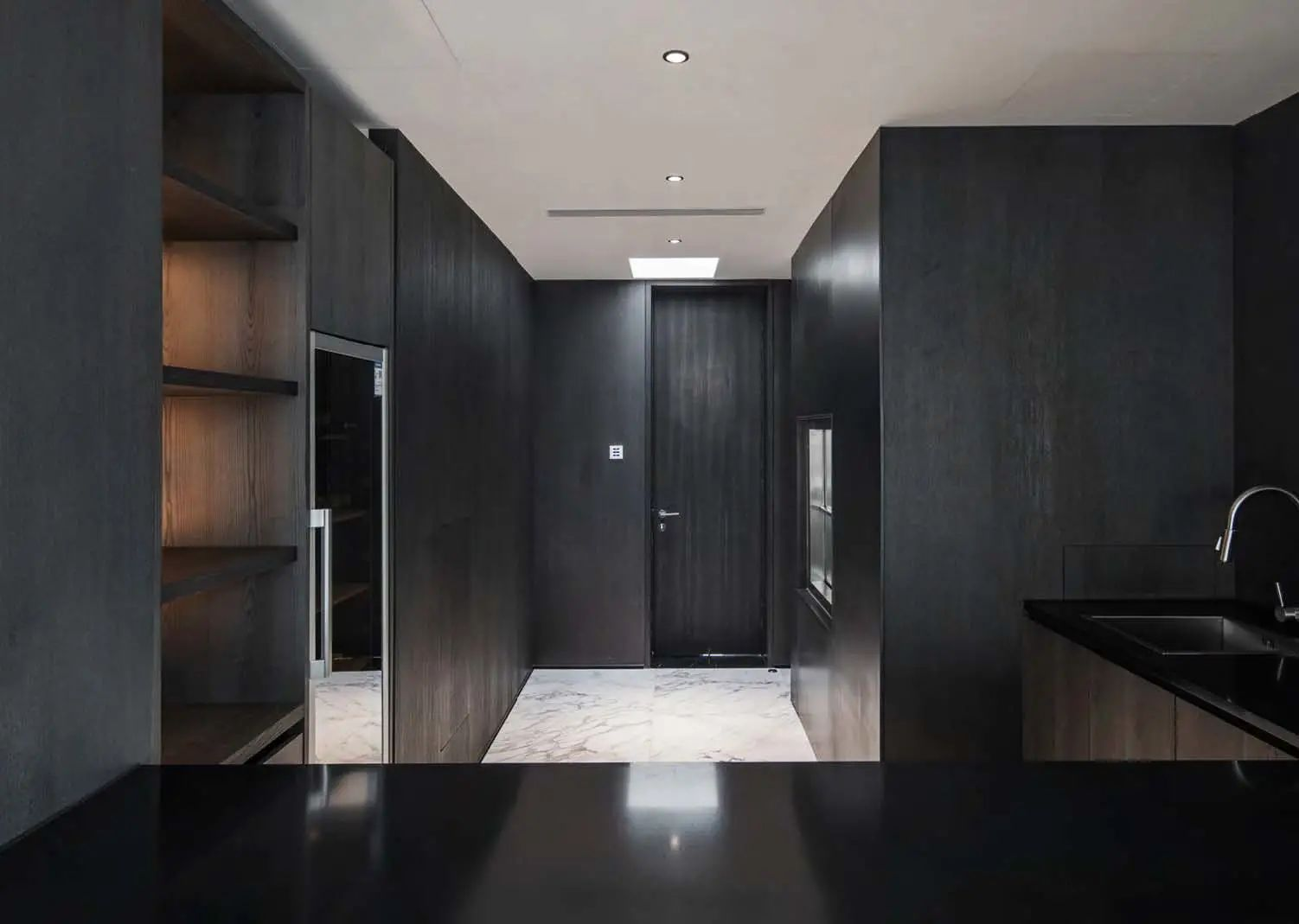 兖州 NT 私宅 建筑设计  / iNgAmEOffice 局内设计